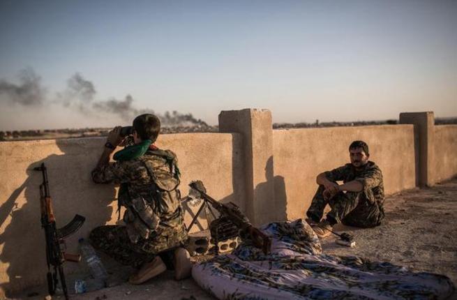 kurdish-fighters-daesh-hasakah-outskirts-afp