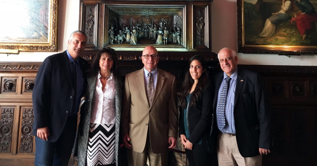From left to right: Alex Cattan, President of the Arab Center, Concepcion, Evelyn Alamo, Sir Rateb Y. Rabie, KCHS, President and CEO of HCEF, Laura Menchaca, Management and Development Officer of HCEF, Antonio Hasbun Batshon, General Manager of Hanania Enterprises.