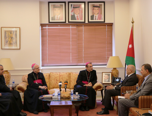 Deputy Prime Minister Muasher discusses with bishop of Lourdes Brouwet current affairs.