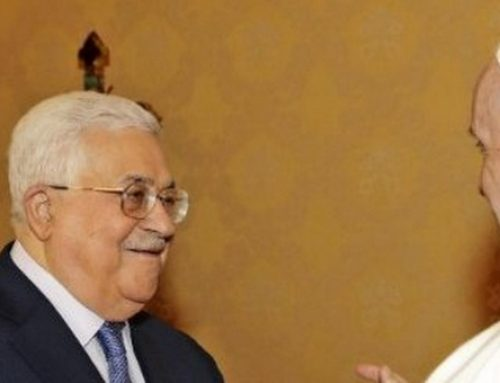 Pope receives Mahmoud Abbas: international community ought to support peace.