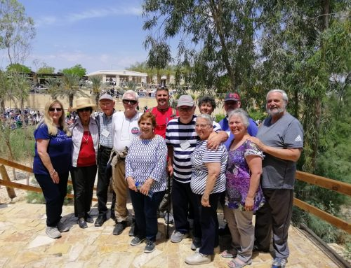 Palestinian Christians Welcome  a pilgrims from  the Archdiocese of Los Angeles to the Holy Land